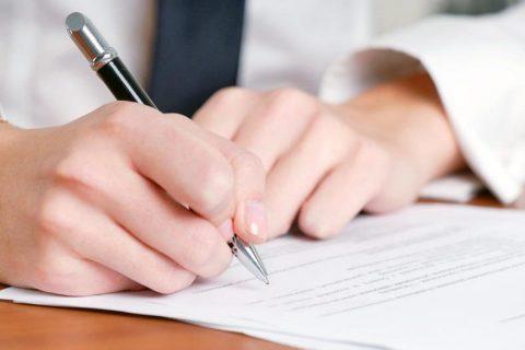 Contadores e advogados estão aptos a autenticar os próprios atos de registro